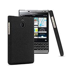 Handyhülle Hülle Kunststoff Schutzhülle Matt für Blackberry Passport Silver Edition Schwarz