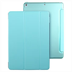 Handyhülle Hülle Stand Tasche Leder für Apple New iPad 9.7 (2017) Hellblau