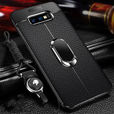 Silikon Hülle Handyhülle Gummi Schutzhülle Flexible Leder Tasche mit Magnetisch Fingerring Ständer T03 für Samsung Galaxy S10e Schwarz